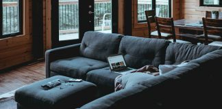 How-to-Arrange-Living-Room-on-guestposting