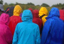 Practical-Tips-for-Buying-Men's-Raincoat-on-GuestPosting