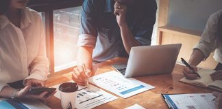 A-Few-Tips-to-Attract-Tax-Preparation-&-Accounting-Clients-on-guestposting