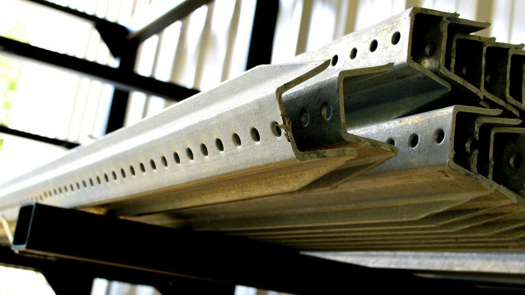Top-4-Advantages-of-Extruded-Aluminum-Framing-on-guestposting
